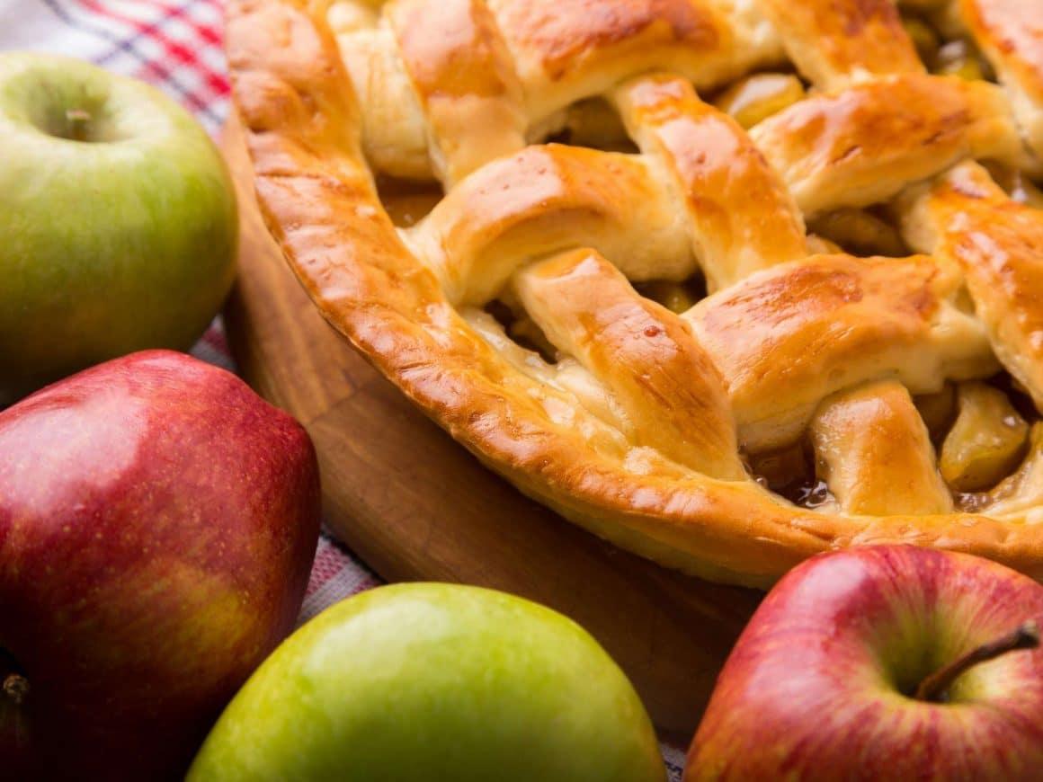 bake an apple pie: summer bucket list ideas