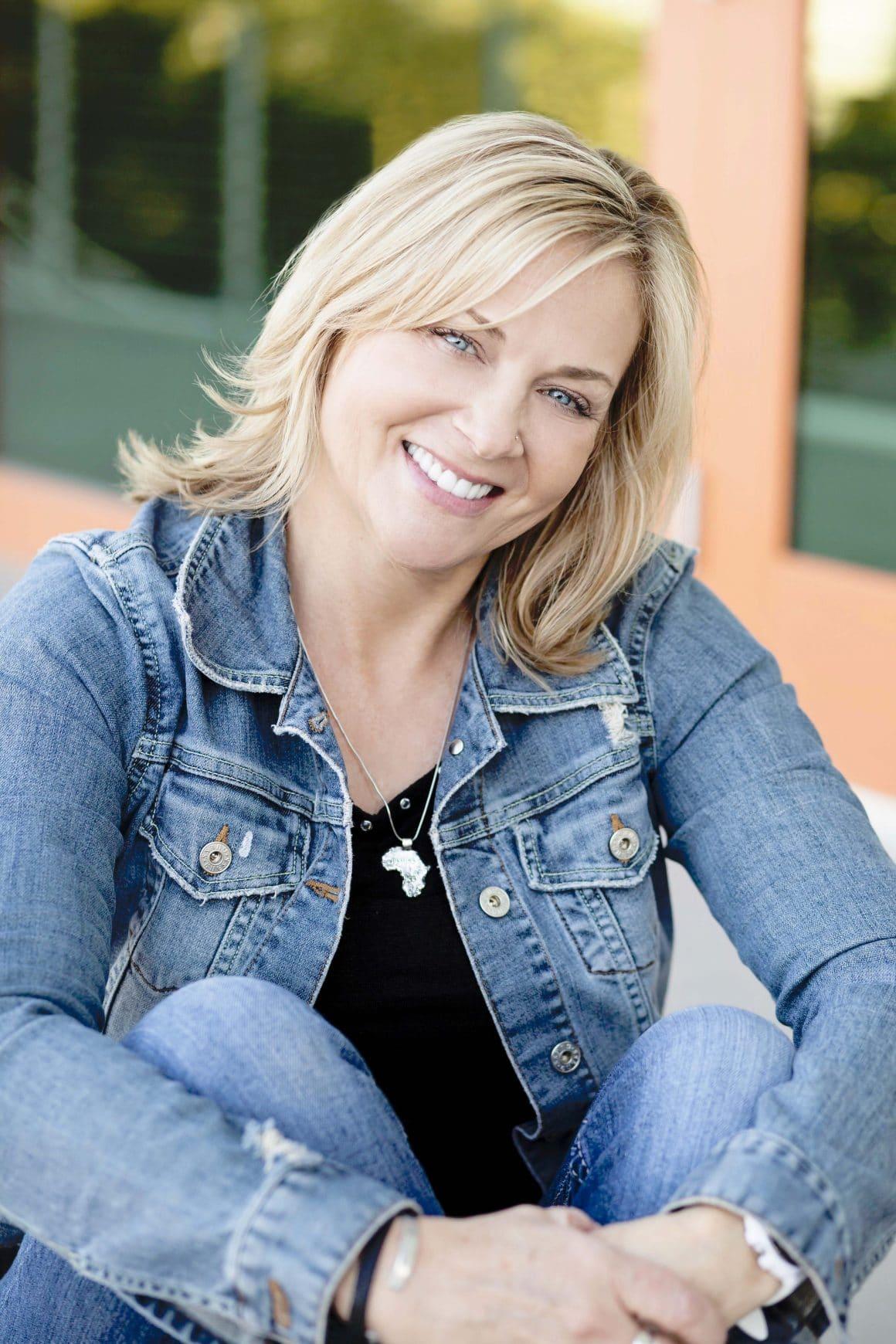 Christine Mathews -Midlife blogger for midlife women